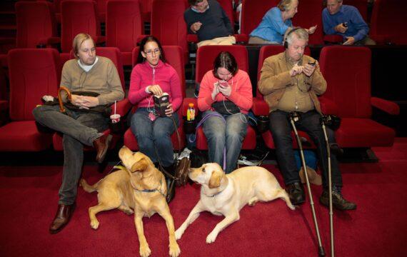 Blinden naar de Bios met App – Nieuwsoverzicht van 15 september