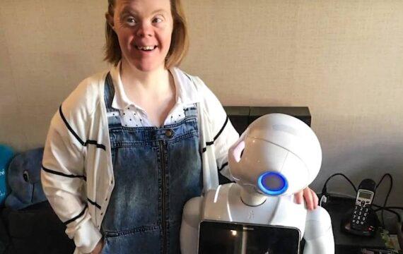 Philadelphia breidt proeven met sociale robot Phi uit