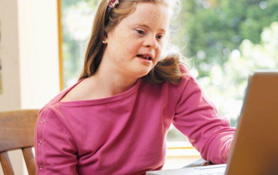 E-health wordt steeds meer toegepast door begeleiders in de zorg voor mensen met een verstandelijke beperking.