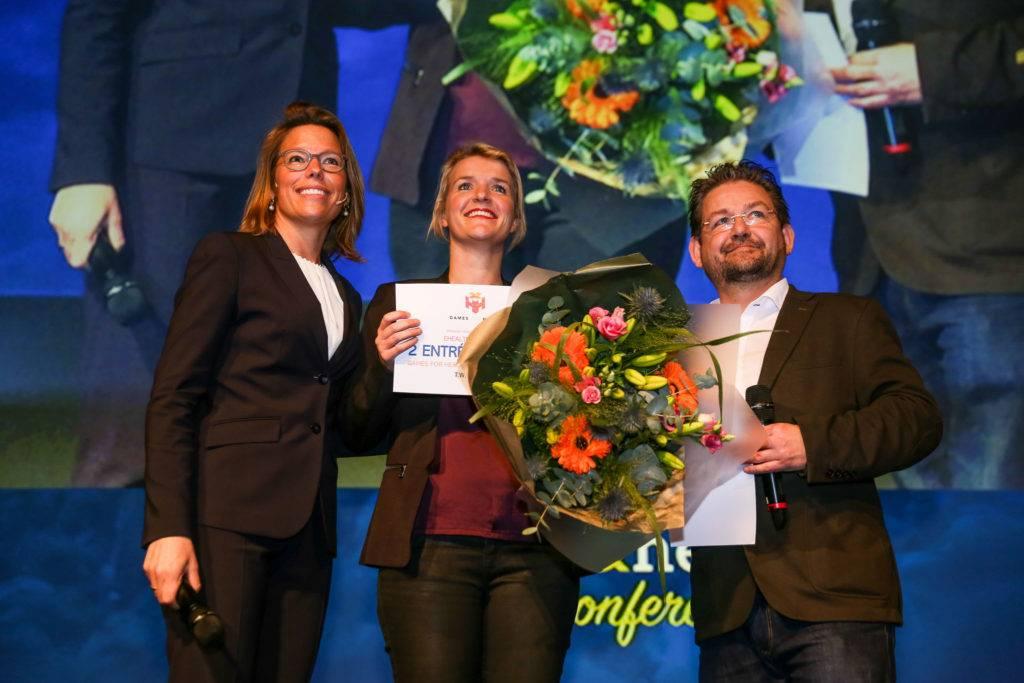 Martine Rooth kreeg tijdens de slotmanifestatie van de ehealthweek 2018 een prijs uitgereikt voor de meest actieve deelneemster.