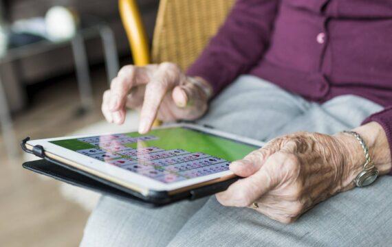 KBO-PCOB: weinig e-health kennis onder senioren