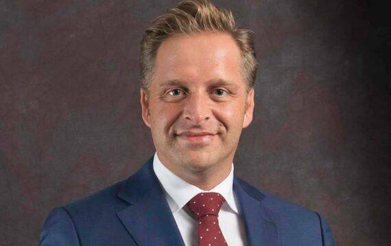 Minister De Jonge (VWS) noemt de vaak complexe veranderingen in zorgprocessen de grootste uitdaging bij het op grotere schaal invoeren van e-health.