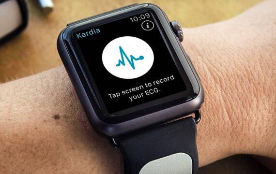 Onderzoekers hebben ontdekt dat de Apple Watch bij dagelijks gebruik relatief onbetrouwbare voorspellingen doet over de kans op beroertes. Het onderzoek werd gezien als een proof-of-concept dat screeningtools uit ziekenhuizen moet halen om in het dagelijks leven van mensen in te zetten.