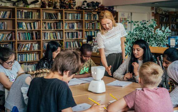 Foundation wil met robot langdurig zieke kinderen uit isolement halen