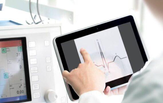 Maak ICT-voorzieningen in zorg niet langer tot hoofdpijndossier