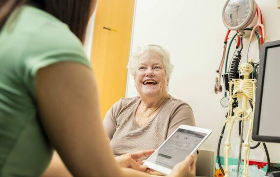 IGJ: zorginstellingen hebben visie op e-health, vertaling naar praktijk lastig