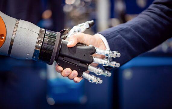 EC stopt 16 mln in door UT geleid Europees robotica-project