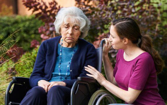 UMCG ontwikkelt e-training om pijn te herkennen bij mensen met dementie