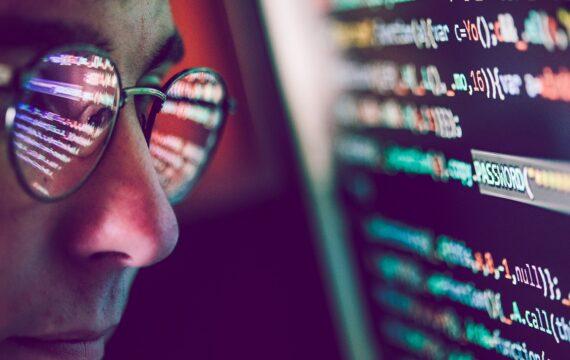 'Zorgsector belangrijk doelwit massale cyberaanvallen'