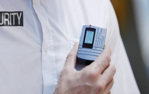 Ascom, Vcare bieden discreet alarm voor zorgverleners