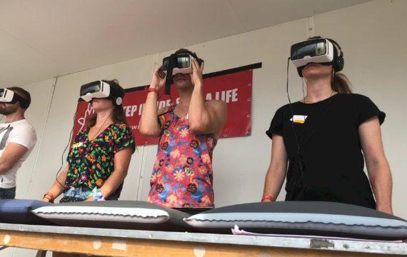 Radboudumc leert bezoekers Lowlands reanimeren via VR