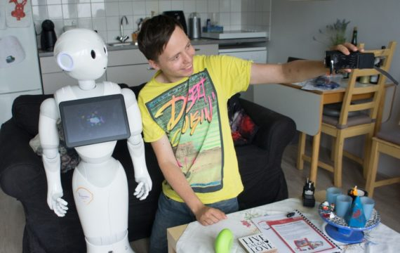 Nieuwe 'medewerker' vereist juiste ondersteuning HR Arbeidsvoorwaarden voor een  sociale robot