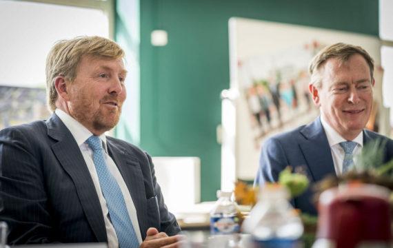 Koning, minister Bruins, zien Juiste Zorg op Juiste plek in praktijk