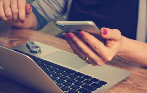 Websites geestelijke gezondheid delen ongevraagd gegevens gebruikers