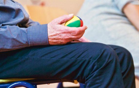 Digitalisering betekent verandering, uitdaging en hulp voor ouderenzorg