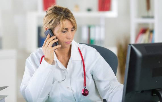 Vergoeding bij telefonisch consult voor Belgische artsen