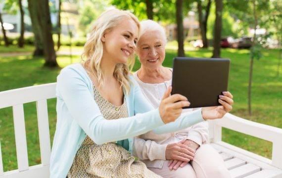 Philadelphia start online tv-kanaal voor ouderen