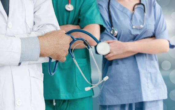 Adviesrapport RVS voor betere toegankelijkheid acute zorg