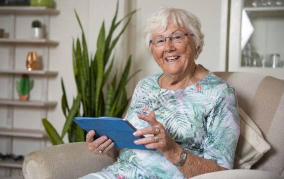 Ouderen digivaardig met gratis helpdesk Welkom Online