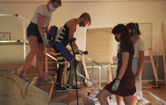 Nieuw exoskelet voor mensen met dwarslaesie ontwikkeld