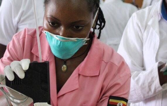 Elektronisch gestuurde IV-therapie in ontwikkelende landen