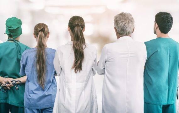 Kort zorgnieuws: Digitale verwijzing; Website MMC; Groei patiëntenportalen, en meer