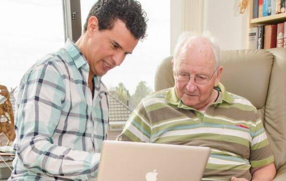 Algoritme moet ouderen helpen met langer thuis wonen