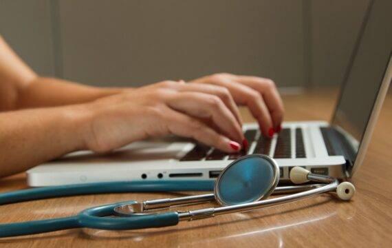 Online zelftest voor digitale vaardigheden zorgprofessionals