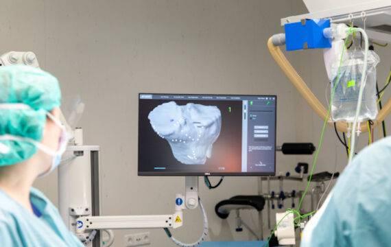 Operatierobot plaatst knieprotheses in St. Antonius