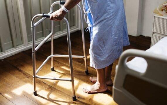 Innovatiefonds wil medewerkers ouderenzorg ontlasten
