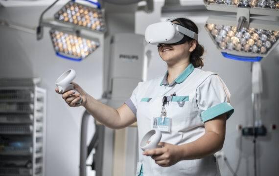 Virtual reality training voor tracheotomie en aspiratie