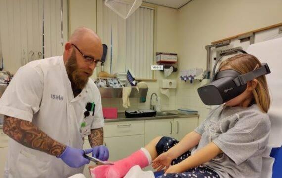 VR-bril verlicht werk verpleegkundigen in Isala